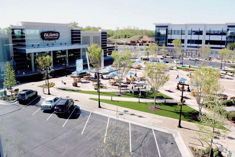 Plaza at One Loudoun